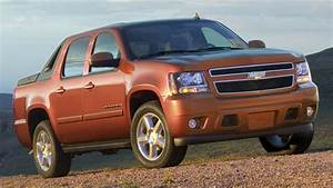 The Inside Scoop On Why Gm Discontinued The Chevy Avalanche