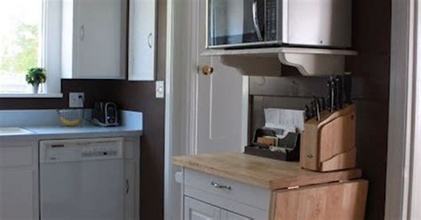 Microwave Nook-this Would Be Useful In Our Teensy Kitchen