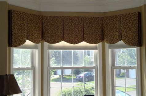 drapery ideas  bay windows  bay window curved
