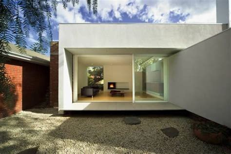 Malvern House in Melbourne : Turning Old into Modern