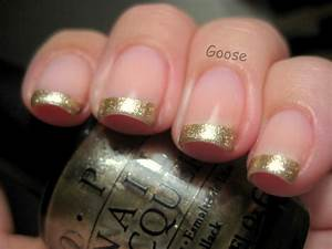 Goose's Glitter: Some Holiday Manicures for the Festive ...