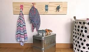 Patere Chambre Enfant : id e d co pour chambre d 39 enfant diy portemanteau animaux diy r cup ~ Teatrodelosmanantiales.com Idées de Décoration