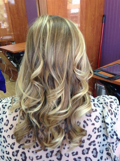 highlights blonde hair medium length curls hair hair hair pinterest hair medium