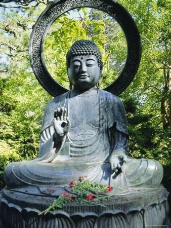 buddha statue  japanese tea gardens golden gate