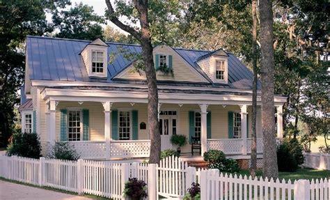 william  poole designs gulf coast cottage
