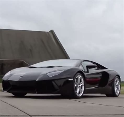 the 12 fastest cars in the world