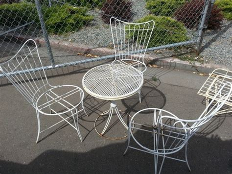 vintage homecrest wire patio furniture homecrest set table chaise 3 chairs offered on ebay