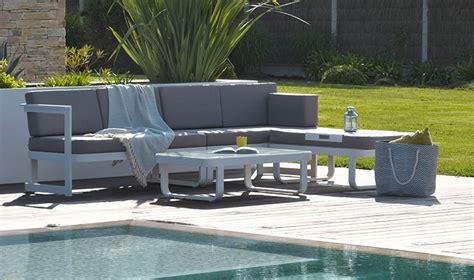 Salon de jardin en angle 6 places alu blanc et tissu gris - Barcelona