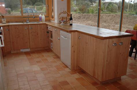 fabriquer caisson cuisine fabriquer une cuisine en bois comment fabriquer un comptoir de cuisine en bois plan pour