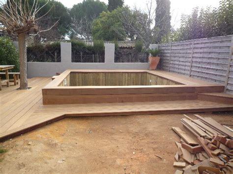 nivrem terrasse bois piscine semi enterree