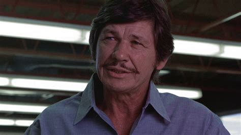 Death wish movie reviews & metacritic score: Death Wish (1974) | FilmFed - Movies, Ratings, Reviews, and Trailers
