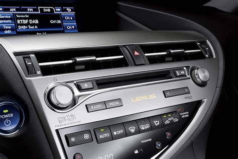 2018 Lexus Rx 450h Audio And Climate Controls Photo 11
