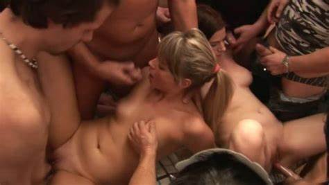Czech Group And Creampied French Swingers