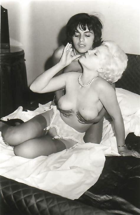 Vintage Lesbian Stockings Pics XHamster