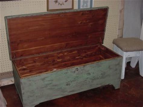 Encore Furniture Pelham by Man Cave Rustic Antique Cedar Chest Coffee Table W