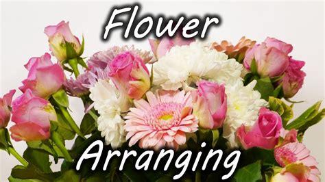 Arranging Flowers by Flower Arranging Trick