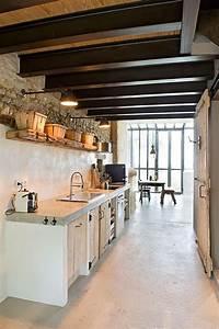 Küche Beton Arbeitsplatte : loft k che mit gemauerten schr nken und beton arbeitsplatte k che deko pinterest loft ~ Sanjose-hotels-ca.com Haus und Dekorationen