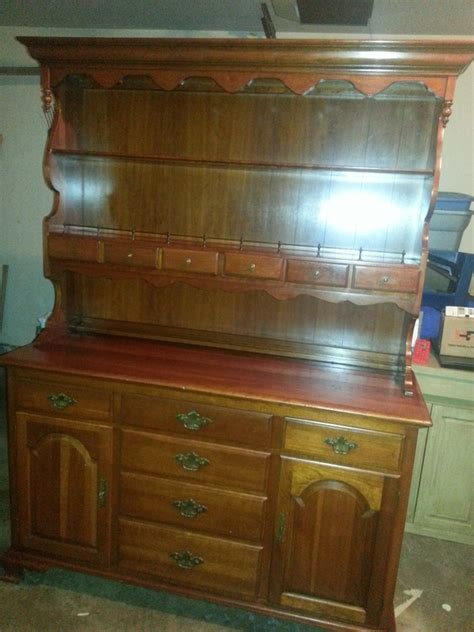 ethan allen solid cherry early american hutch