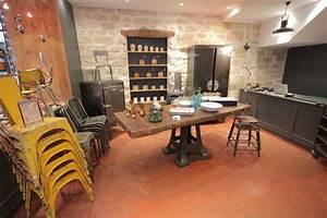 Photo pierre et salle a manger cuisine recup vintage for Deco cuisine avec armoire salle a manger