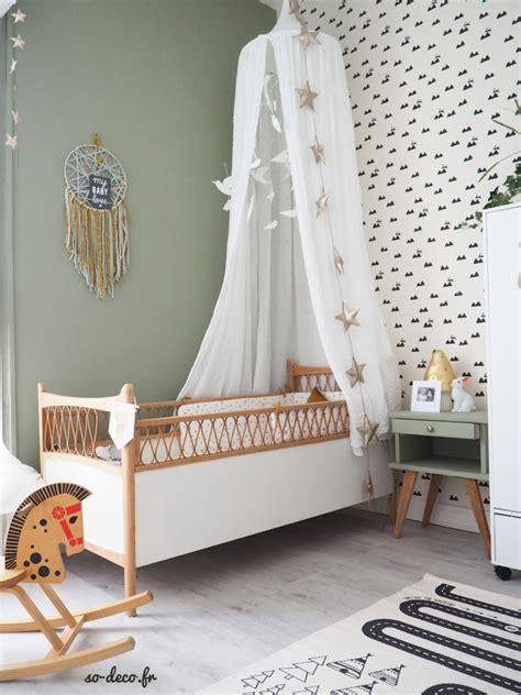 papier peint pour chambre bebe fille deco chambre bebe fille mansardee meilleures images d