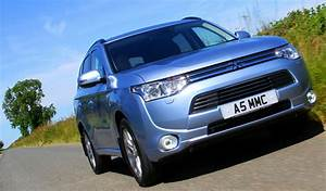 Jeremy Clarkson Reviews The Mitsubishi Outlander Phev For