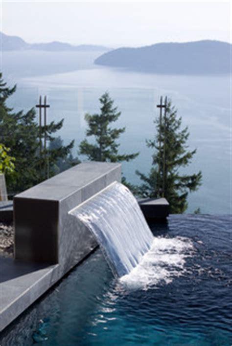 water feature sheer descent