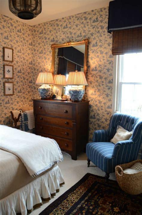 tapeten landhausstil schlafzimmer tapeten landhausstil frische ideen wie sie die w 228 nde verkleiden