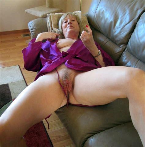 Sexy Old Ladies - Granny Swinger