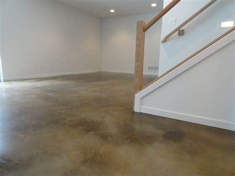 Stained Concrete Basement Floor   Modern   Basement