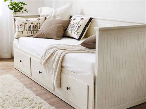 canapé lit ikea belgique les 25 meilleures idées de la catégorie canapé lit ikea