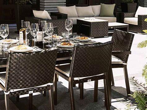 chaise de terrasse pour restaurant tables et chaises en fibres synthétiques tressage traditionnel aix en provence pro