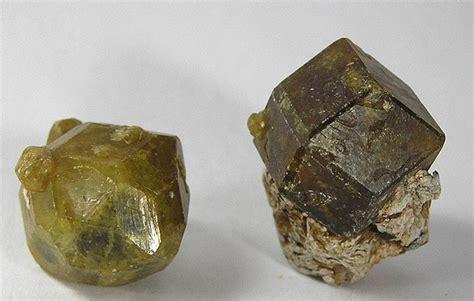Mali Garnet Value, Price, and Jewelry Information