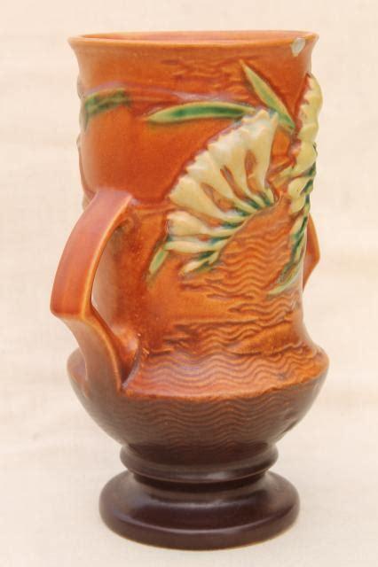 not shabby roseville vintage roseville pottery tangerine brown freesia vase shabby w chips