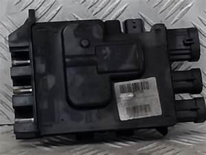 Used Renault Trafic Fuse Box - 243501820r