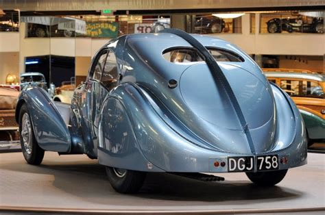 To most people, typically the word 'bugatti' associates to the gorgeous cars that wear the badge. ZionCars: 2° Bugatti Type 57SC Atlantic