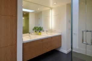 22 bathroom vanity lighting ideas to brighten up your mornings - White Vanity Bathroom Ideas