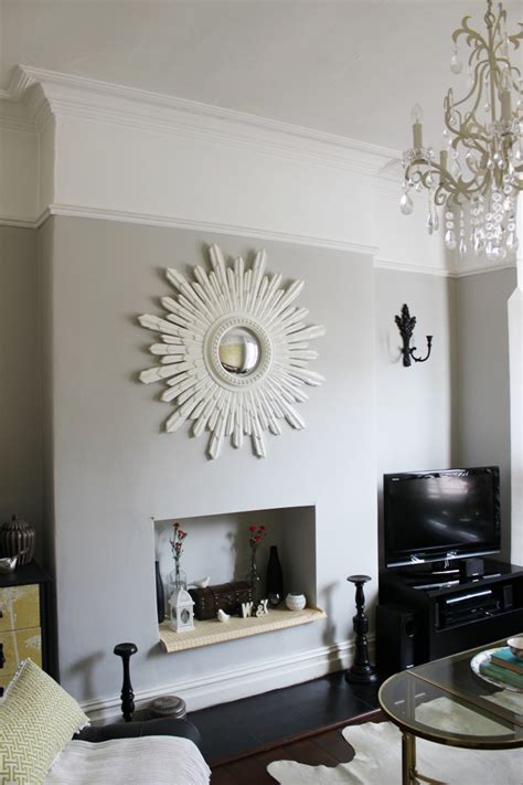 Taupe Living Room Decorating Ideas by Above The Line Painting Above The Picture Rail And Other