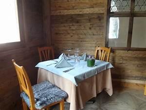 Le Coin De Table Tours : la salle du bistrot des ours le blog de gilles pudlowski les pieds dans le plat ~ Melissatoandfro.com Idées de Décoration