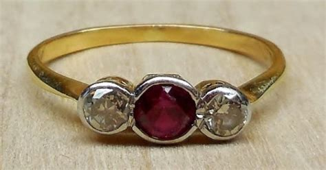 Vintage Antique .60ct Ruby Diamond 14k 18k Gold Platinum Bezel Set Engagement Ring Three Stone Egyptian Antique Furniture Demilune Table School Chairs White Bed Frame Knobs And Pulls Crystal Lamps Clocks Value Oak Library Desk