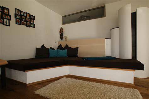Wohnzimmer Mit Kachelofen by Wohnzimmer Vom Tischler Aus Tirol Tischlerei Hafner