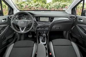 Essai Mokka X Essence : essai opel crossland x turbo 110 innovation auto plus 25 mai 2017 ~ Maxctalentgroup.com Avis de Voitures