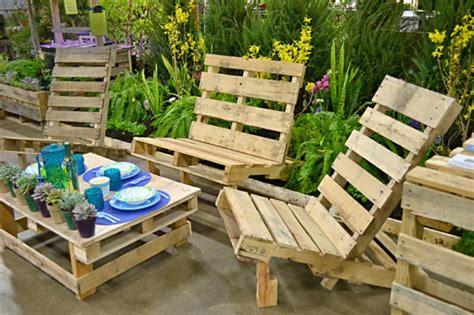le salon de jardin en palette bricolez vos meubles patio incroyables archzine fr