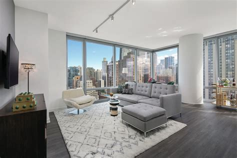 Luxury Sinclair Apartments Open In Chicago's Gold Coast