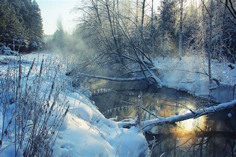 jeu cuisine fille rivière entourée de neige