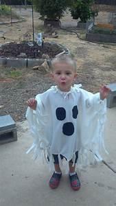 Kostüm Gespenst Kind : die besten 25 geisterkost m f r kleinkind ideen auf pinterest halloween kost me tutu baby ~ Frokenaadalensverden.com Haus und Dekorationen