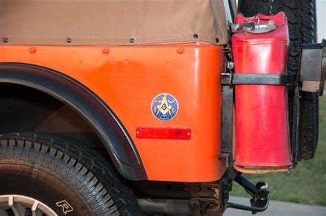 find   jeep cj renegade sport utility  door