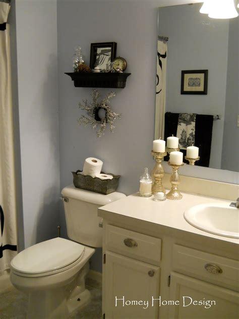 homey home design christmas   bathroom
