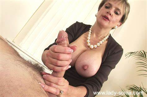 Puss English Young Cathy Fucks A Drilling And Mouthful
