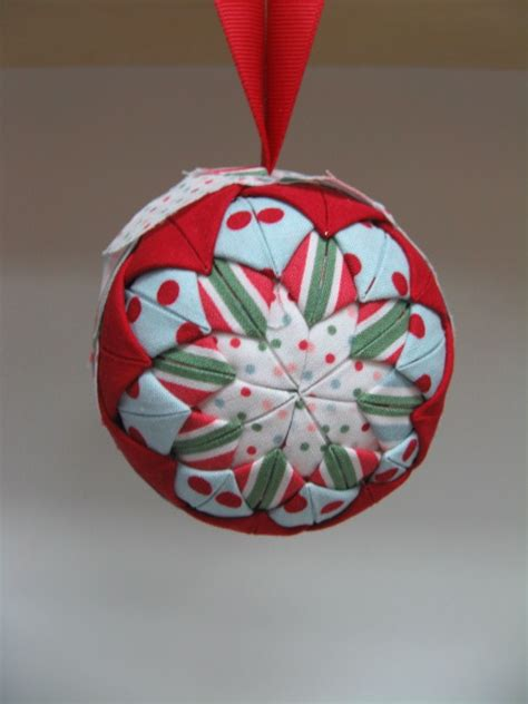 folded fabric christmas ornament just sponge it