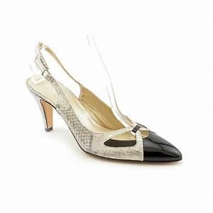 narrow shoes for women 39